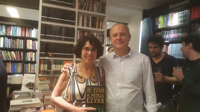 """Roberto Motta, autor do livro """"Ou Ficar a Pátria Livre"""""""