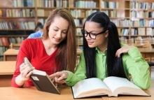duas-mulheres-lendo